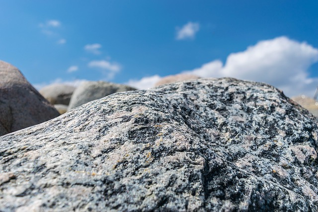 stone-1379567_640